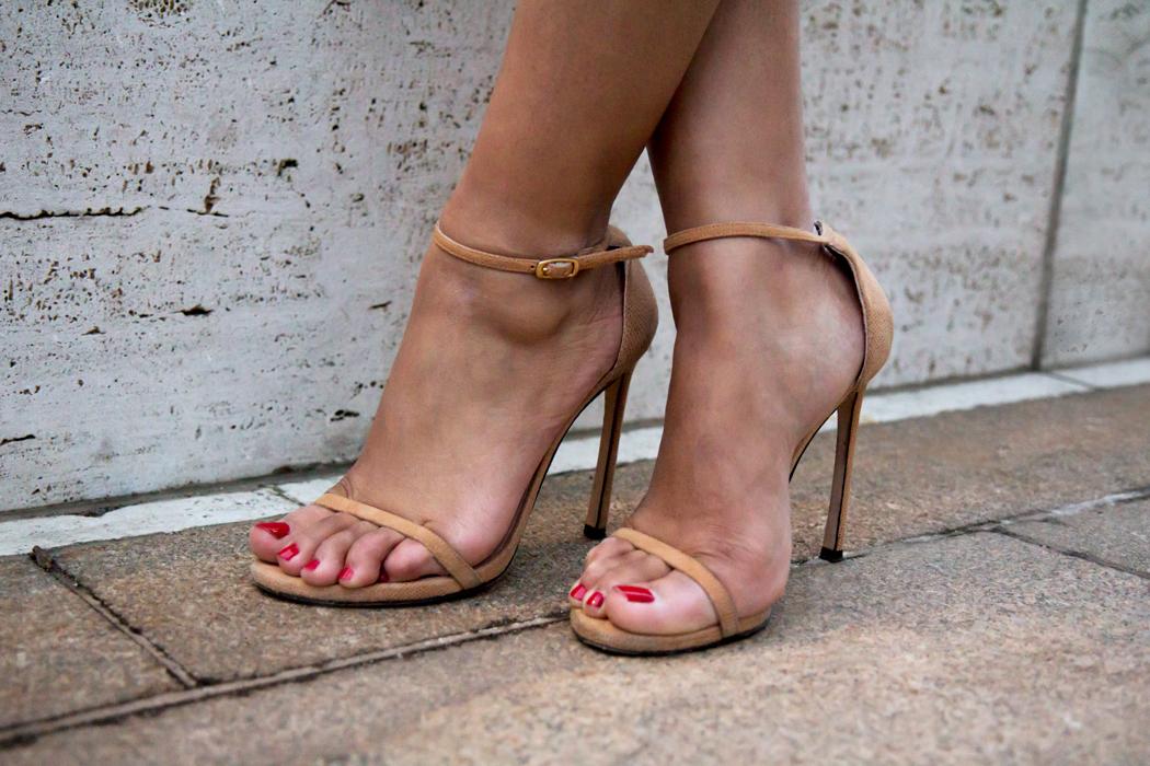 stuart-weitzman-nudist-sandal