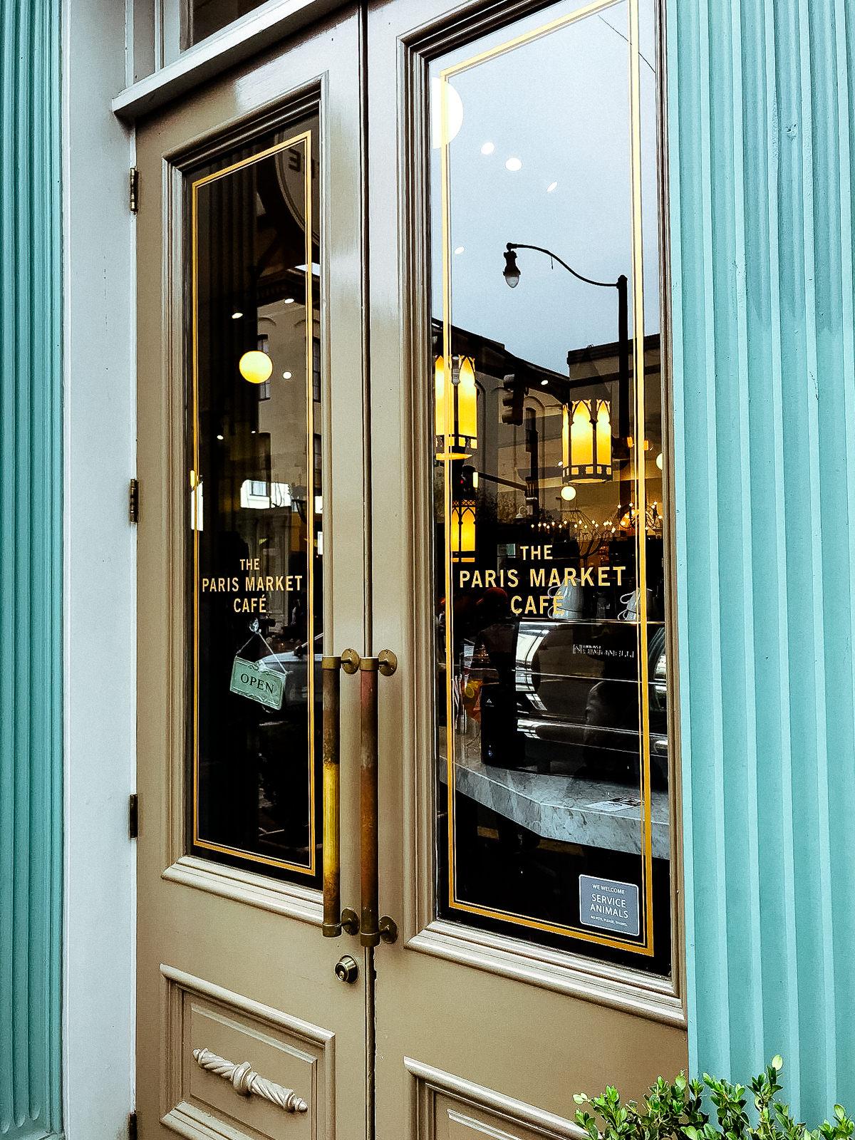 best-savannah-fashion-boutique-paris-market-cafe