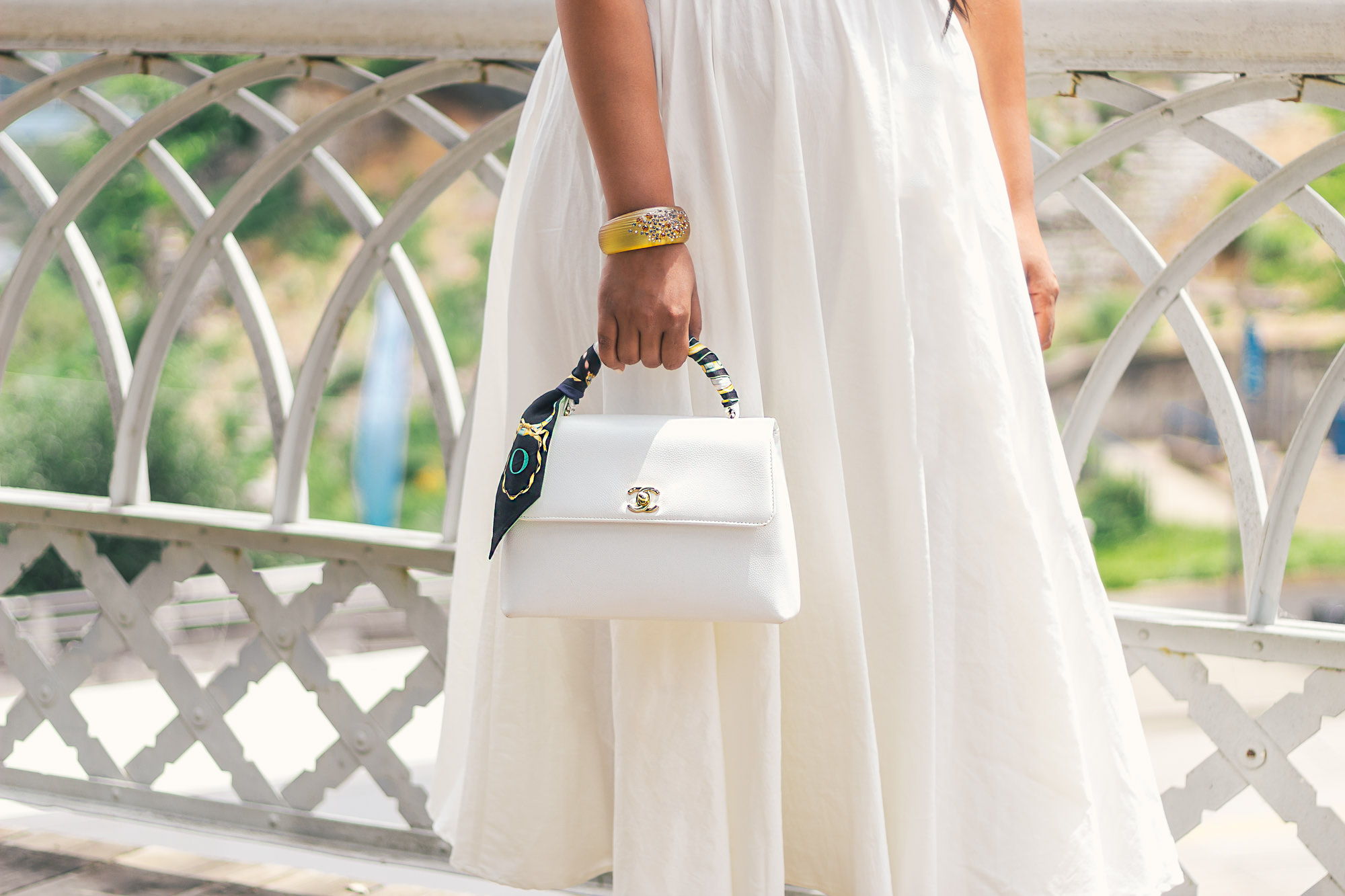 white-dress-white-chanel